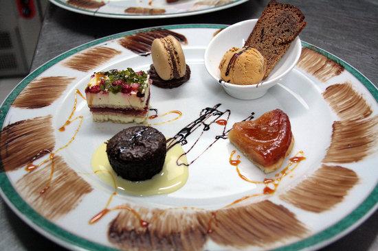 Auberge du Cheval Blanc: farandole