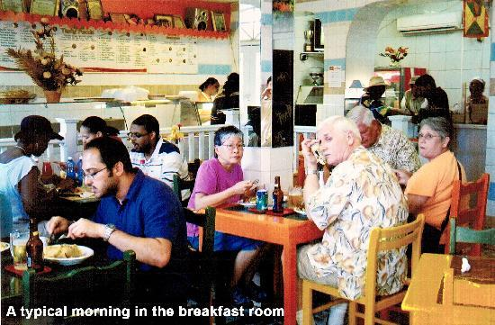 Deyna's City Inn: I loved everything about this friendly place