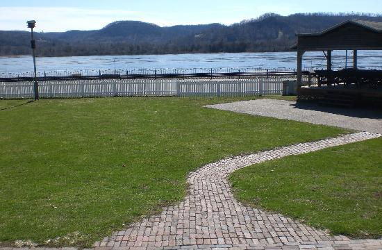 Trempealeau Hotel: The Grounds with the Mississippi behind