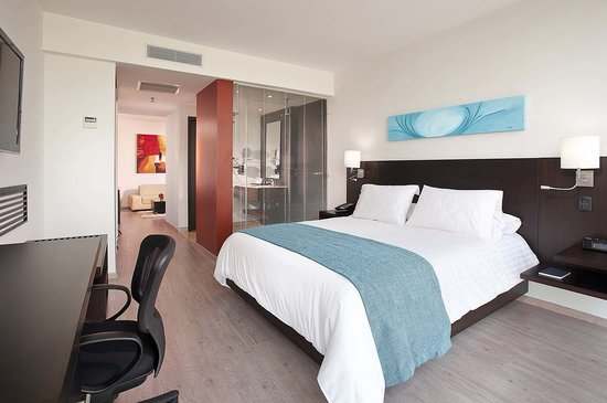 NH Collection Barranquilla Smartsuites Royal: Suite Royal