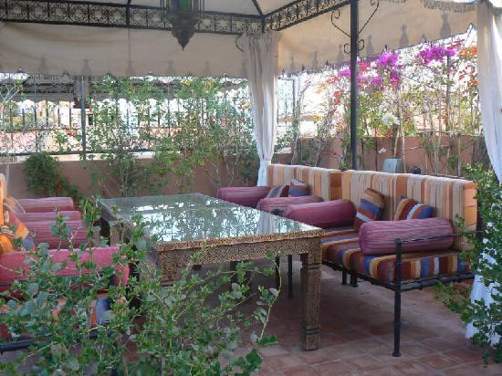 Riad Caesar: Gazebo on roof terrace