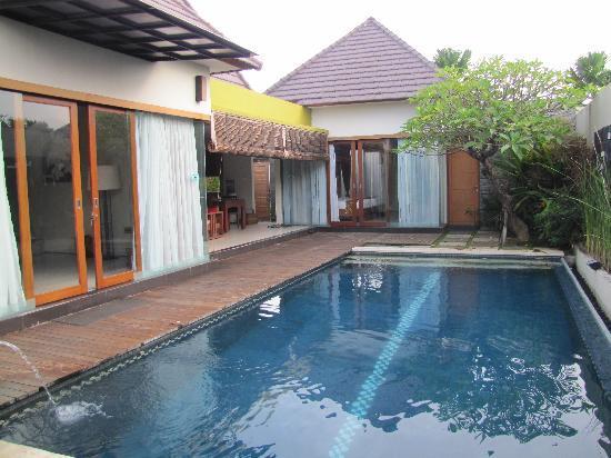Bali Swiss Villa: Pool