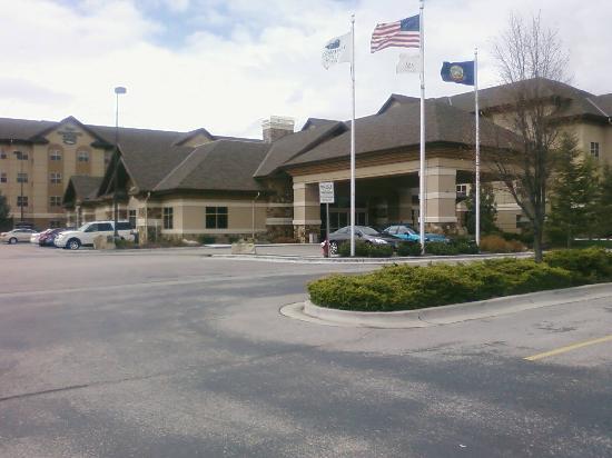 Homewood Suites by Hilton Boise: Homewood Suites out front