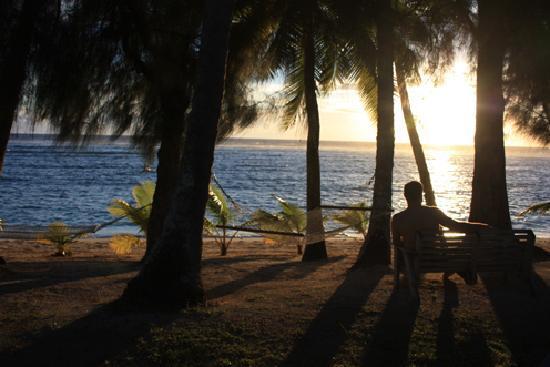 Sunhaven Beach Bungalows: Sunset at Sunhaven