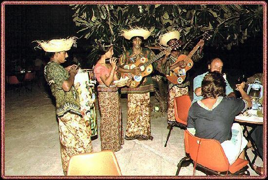 Nilaveli Beach Hotel: Folkloreabend im Hotel