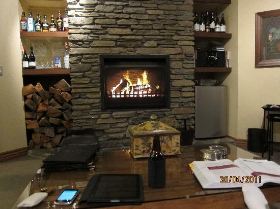 "The Dairy Private Hotel : Open fire and ""honesty bar"" - brilliant!"
