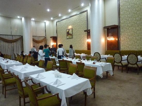 Surmeli Ankara: ホテルのレストラン