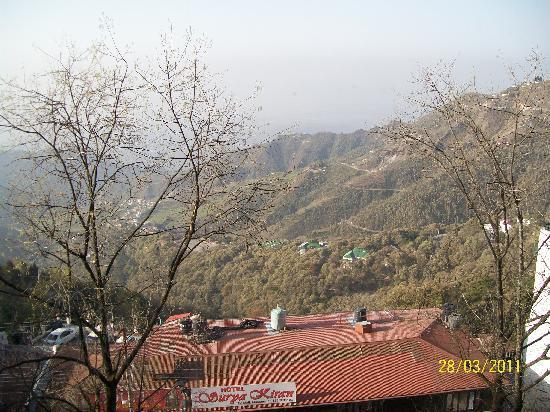 Honeymoon Inn Mussoorie: view from hotel room