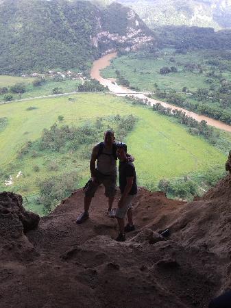 Batey Zipline Adventure: Cuerva Vendana