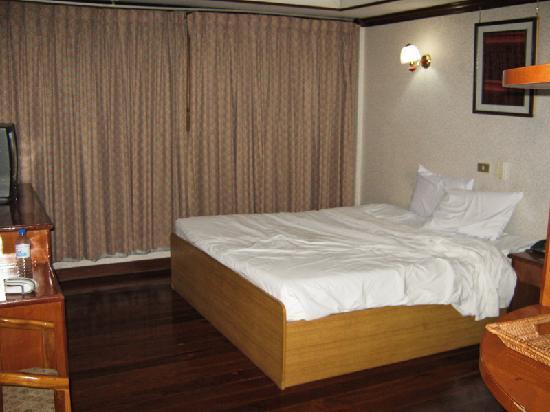 """Anou Paradise Hotel: Chambre """"single"""" après une nuit agitée..."""