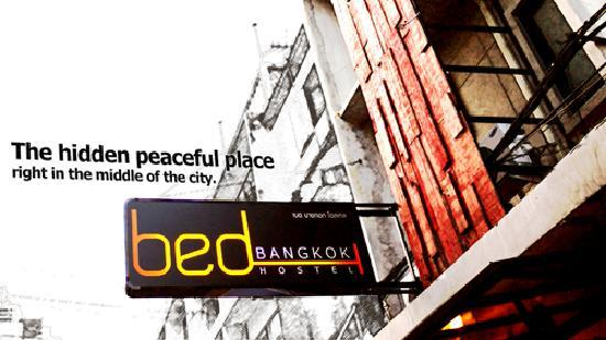 Bed Bangkok Hostel: building front