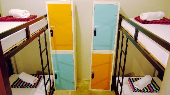 Bed Bangkok Hostel: lady dorm