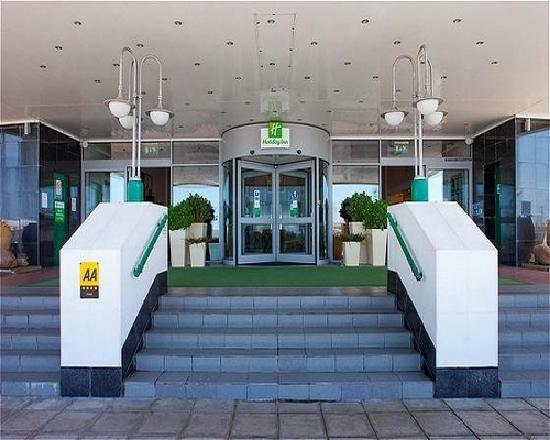 Holiday Inn Brighton - Seafront entrance
