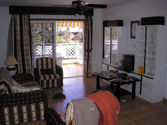 Tropical Park Hotel: Living Room