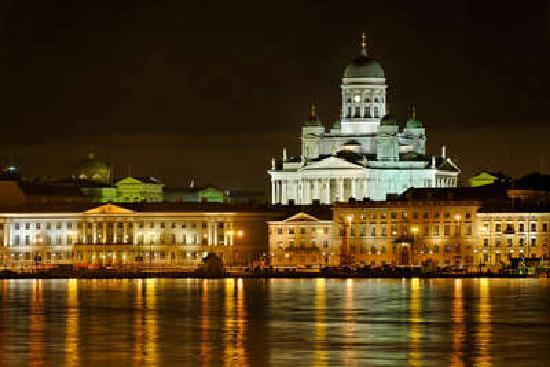 Helsingfors, Finland: Helsinki by night