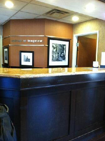 Days Inn Longview South: front desk
