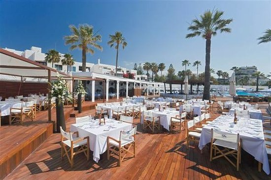 Ocean club marbella puerto banus restaurant reviews phone number photos tripadvisor - Comer en puerto banus ...