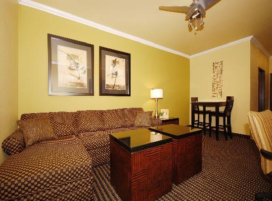 Best Western Plus Christopher Inn & Suites: Our 2-Room Suites offer a separate living room with sleeper sofa