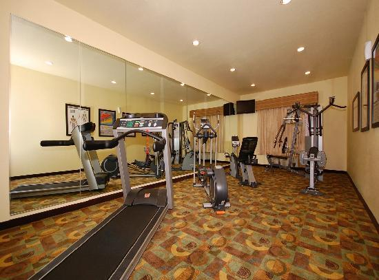BEST WESTERN PLUS Christopher Inn & Suites: Enjoy a workout in our 24-hour Fitness Center