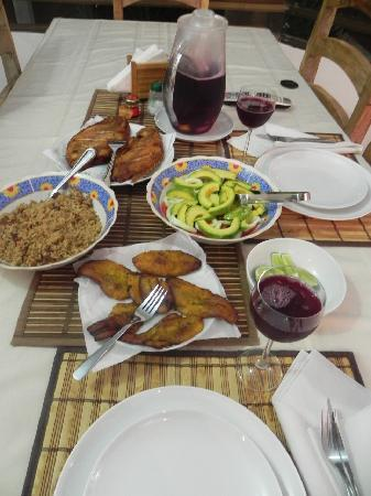 Playa Tranquilo: delicious dinner made by Maria