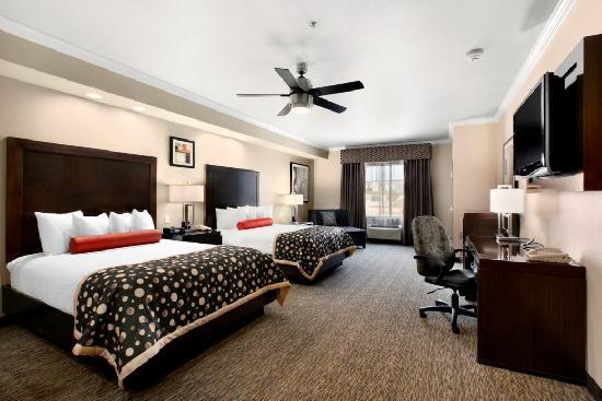 Best Western PREMIER Crown Chase Inn & Suites: Each room offers a flat screen TV, microwave, mini-refrigerator, ceiling fan, sofa sleeper, and