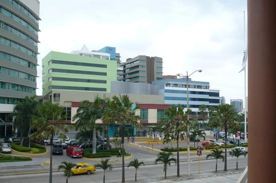 Plaza del sol guayaquil all you need to know before for Plaza del sol