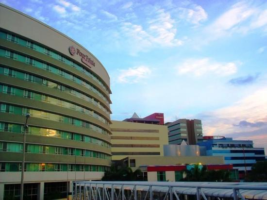 Courtyard by Marriott Guayaquil : New booming district @ Guayaquil