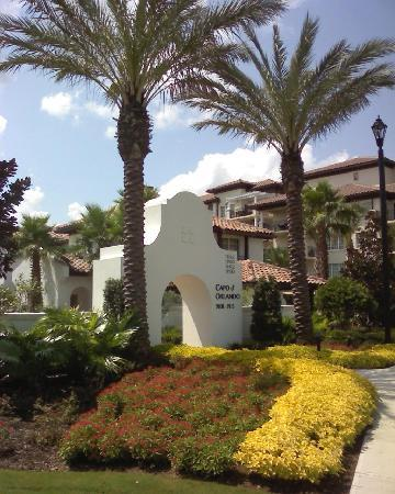 Marriott's Lakeshore Reserve: Entrance to Capo d'Orlando townhouse section