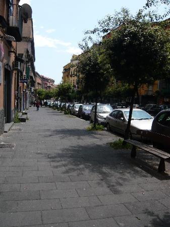 Villa Bruna B&B: street view