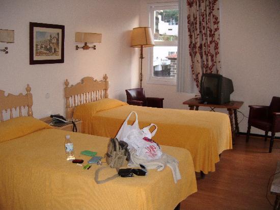 Maga Hotel: habitacion