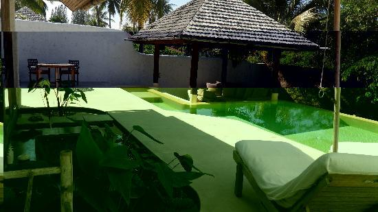 Pranburi, Thailand: Pool Villa with garden, view from room