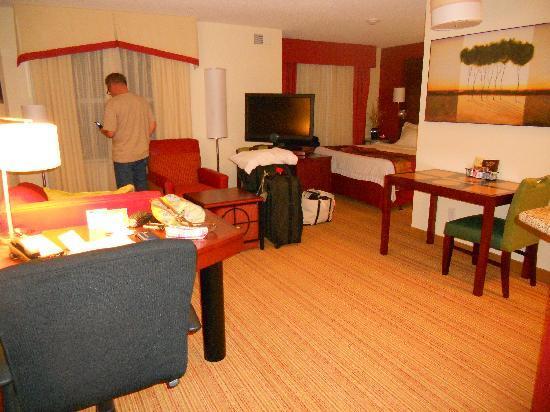 Residence Inn Florence: living area
