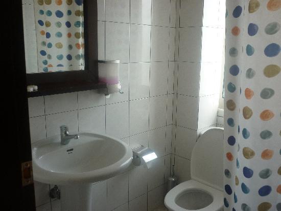 Hotel Christiana: salle de bain/wc