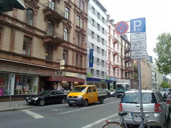 Ibis Styles Frankfurt City Hotel: Exterior del hotel