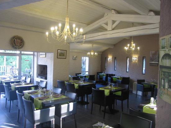 Moureze, ฝรั่งเศส: le superbe restaurant