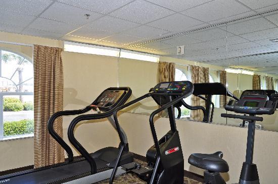 Super 8 Alexandria I-49: Exercise Room