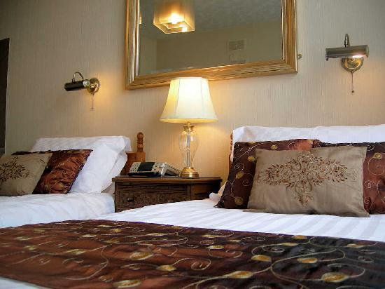 Pembroke Hotel: Room 12 - twin ensuite