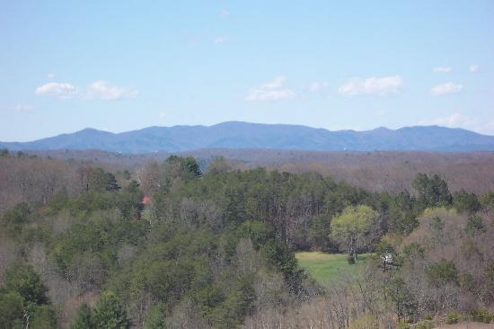 Comfort Inn & Suites Blue Ridge: A view from our Room