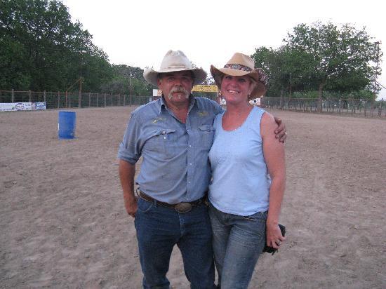 Twin Elm Guest Ranch : Cap & Miss Victoria
