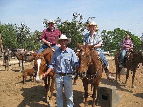 Twin Elm Guest Ranch : Ride Em Cowboys