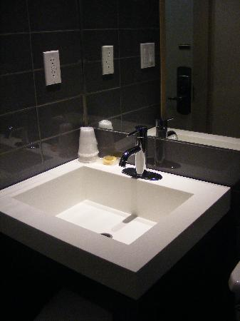 Hotel Alexander : Bathroom