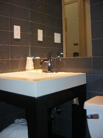 Hotel Alexander: Bathroom