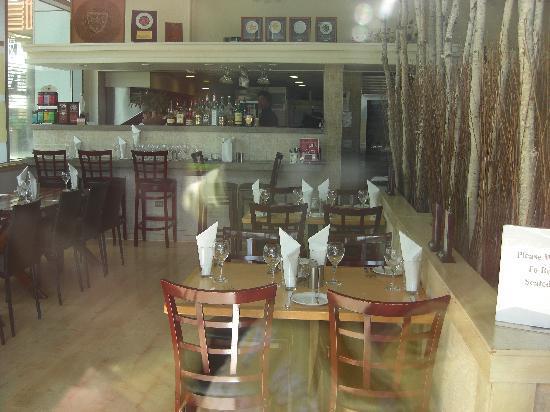 Tango Contemporary Cafe: 店内