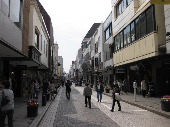 Yokohama Motomachi Shopping Street