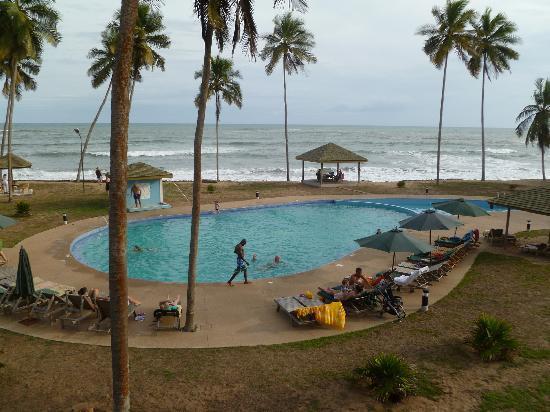 منتجع إلمينا ليدو: View of pool from balcony