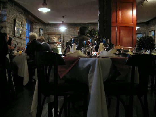 Fern Cottage Restaurant: Inside Fern