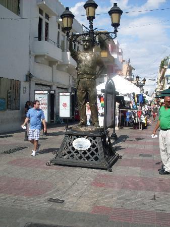 Άγιος Δομίνικος, Δομινικανή Δημοκρατία: une vue de la rue EL CONDE