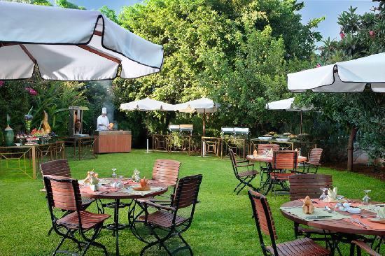 Lancaster Tamar Hotel: Outdoor Garden