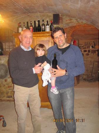Borgo dei Cadolingi: Down in the cellar - Franco