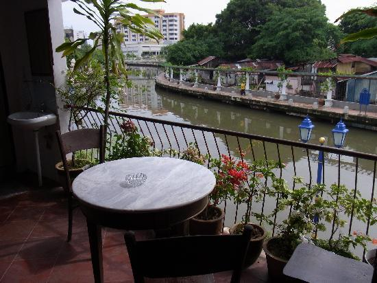 River View Guest House: Terrace in 2nd floor